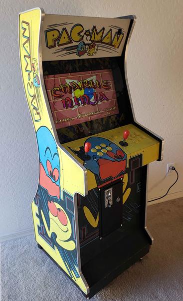 Retro_Arcade_PacMan.png